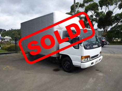Isuzu NPR250 4X2 FURNITURE TRUCK 2002